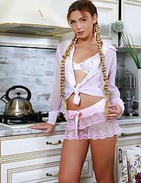 Alicia Enjoy nude in erotic ARCEE gallery - MetArt.com