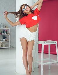 Monika Dee nude in glamour APPLE BOTTOM gallery - MetArt.com