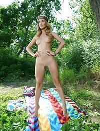 Cara Mell bare in erotic GATRA gallery - MetArt.com