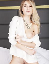 Candice B nude in softcore GOCITA gallery - MetArt.com