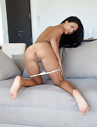 Apolonia naked in erotic SENLEY gallery - MetArt.com