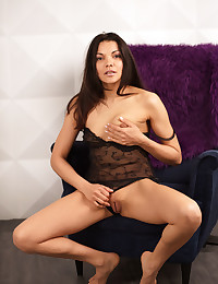 Erotic Beauty - Naturally Splendid Amateur Nudes